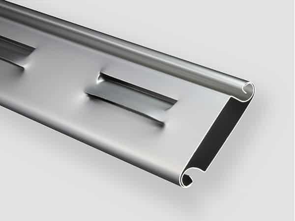 Industrie-Rolltor RT100 iso Lüftungs-Lamelle
